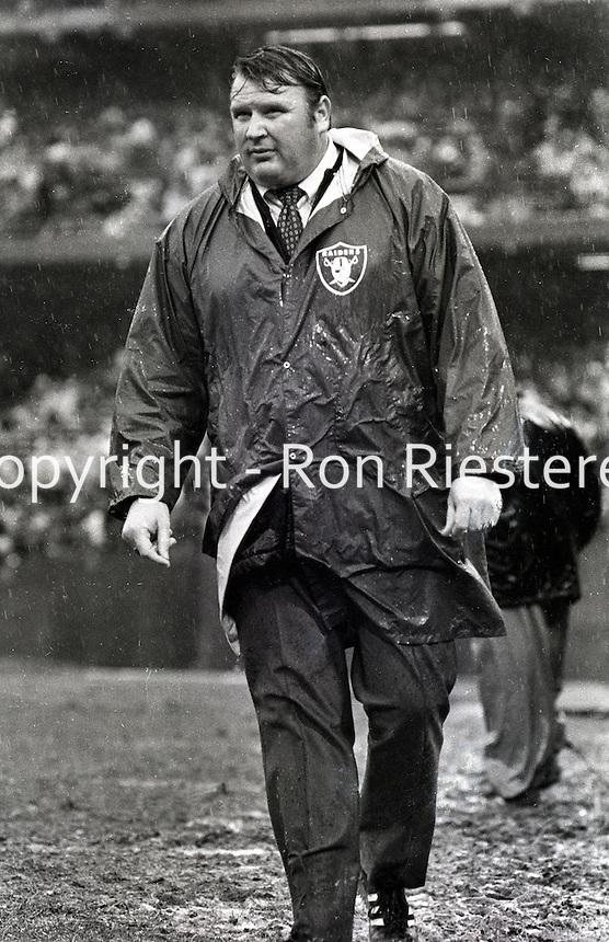 Raider coach John Madden in the rain 1970.(photo copyright Ron Riesterer)