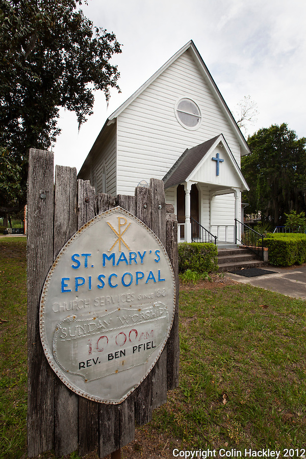 ST. MARY'S EPISCOPAL: The church was organized in 1859 and services have been held in this building continuously since 1881. .SOURCE: Walking/Driving Tour of Historic Madison, Fla..COLIN HACKLEY PHOTO