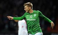 FUSSBALL   1. BUNDESLIGA   SAISON 2011/2012    14. SPIELTAG SV Werder Bremen - VfB Stuttgart       27.11.2011 Bremer Torjubel nach dem 1:0: MTorschuetze Aaron HUNT (Bremen)