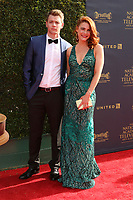 LOS ANGELES - APR 28:  Chad Duell, Courtney Hope at the 2017 Creative Daytime Emmy Awards at the Pasadena Civic Auditorium on April 28, 2017 in Pasadena, CA