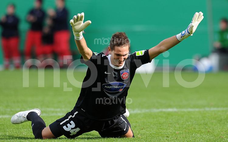 FUSSBALL   DFB POKAL   SAISON 2011/2012  1. Hauptrunde 1. FC Heidenheim - Werder Bremen              30.07.2011 Torwart Frank Lehmann (1 FC Heidenheim 1846)
