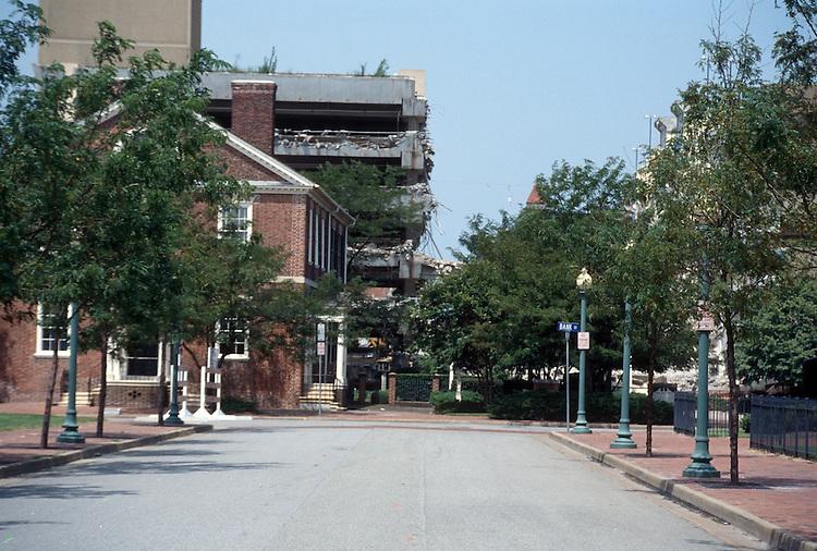 1996 July 31..Redevelopment..Macarthur Center.Downtown North (R-8)..FREEMASON STREET STUDY.LOOKING WEST ON FREEMASON FROM MIDPOINT CUMBERLAND...NEG#.NRHA#..
