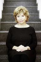 Isabel Allende Llona