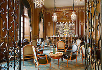 The interior of the London's Royal Automobile Club. The cocktail bar.