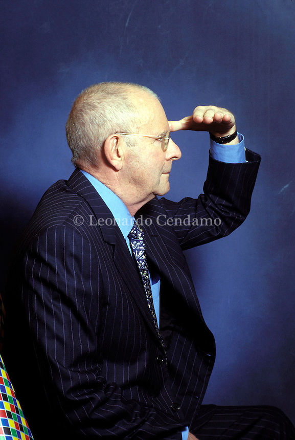 2003: WILBUR SMITH  © Leonardo Cendamo