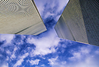 Twin Towers, Looking Up, World Trade Center, designed by Minoru Yamasaki, International Style II, Manhattan, New York City, New York, USA