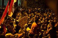 EGITTO, IL CAIRO 9/10 settembre 2011: assalto all'ambasciata israeliana. Migliaia di manifestanti egiziani, ancora infuriati per l'uccisione di cinque guardie di frontiera egiziane da parte dell'esercito israeliano, hanno fatto irruzione nella sede diplomatica israeliana e sono stati poi sgomberati da esercito e polizia egiziana. Nell'immagine: scontri tra manifestanti e polizia egiziana.<br /> Egypt attack to the Israeli embassy  Attaque &agrave; l'ambassade israelienne Caire