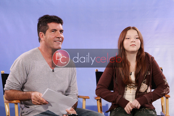 Simon Cowell and Bianca Ryan<br />at the signing of &quot;America's Got Talent&quot; Winner first U.S. signing to Columbia Records/Syco. NBC Burbank, Burbank, CA 09-25-06<br />Dave Edwards/DailyCeleb.com 818-249-4998