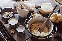 "Europe/France/Auvergne/12/Aveyron: Aubrac - Restaurant ""Chez Germaine"" - Aligot"