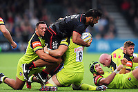 Billy Vunipola of Saracens takes on the Leicester Tigers defence. Aviva Premiership match, between Saracens and Leicester Tigers on October 29, 2016 at Allianz Park in London, England. Photo by: Patrick Khachfe / JMP