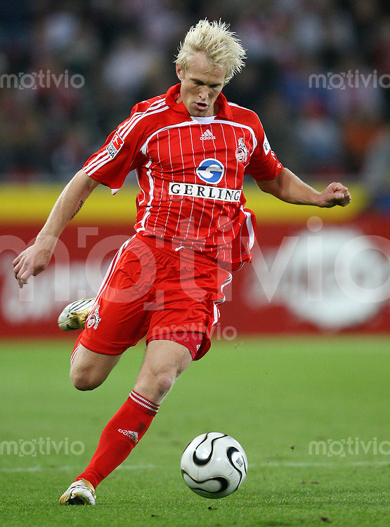 Fussball  1. Bundesliga  Saison 2006/2007 Pekka LAGERBLOM (1. FC Koeln), Einzelaktion am Ball