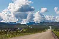 James Dalton Highway, Trans Alaska Oil pipeline, arctic, Alaska.