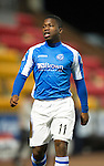 St Johnstone v Hibs..28.11.12      SPL.Nigel Hasselbaink.Picture by Graeme Hart..Copyright Perthshire Picture Agency.Tel: 01738 623350  Mobile: 07990 594431