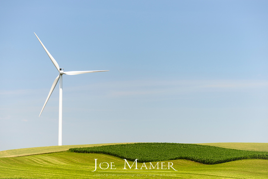 Wind turbine in a Midwestern United States agricultural farm field...A wind turbine is a device that converts kinetic energy from the wind, also called wind energy, into mechanical energy; a process known as wind power.