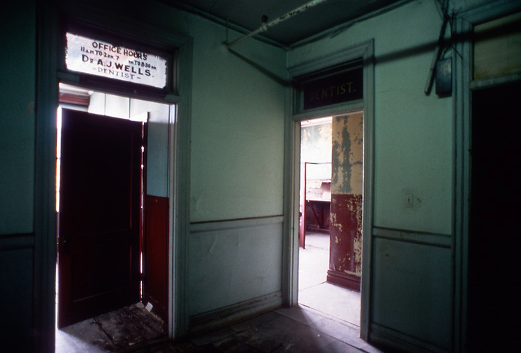 2000 July ..Rehabilitation..Attucks Theatre.Church Street..PROGRESS PHOTOS.CONSTRUCTION...NEG#.NRHA#..