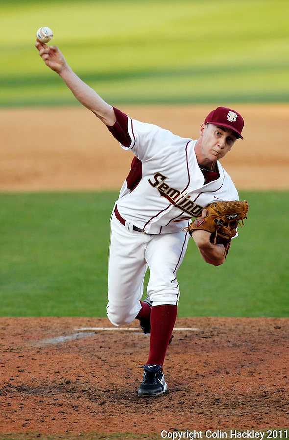 TALLAHASSEE, FL 2/26/11-FSU-HOFSTRA BASE11 CH-Florida State's Robert Benincasa throws in relief against Hofstra Saturday at Dick Howser Stadium in Tallahassee. The Seminoles beat the Pride 16-3...COLIN HACKLEY PHOTO