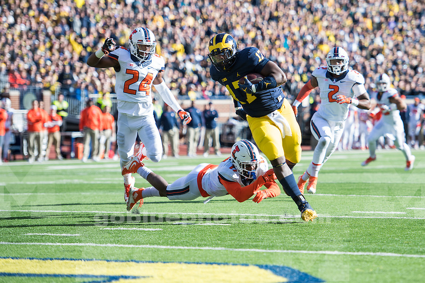 The University of Michigan defeats Illinois, 41-8, at Michigan Stadium in Ann Arbor, MI on Oct 22, 2016.