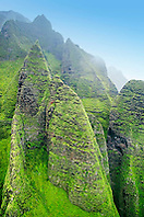Mountain ridges eroded like spearheads, Na Pali coast, Kauai, Hawaii, Pacific Ocean