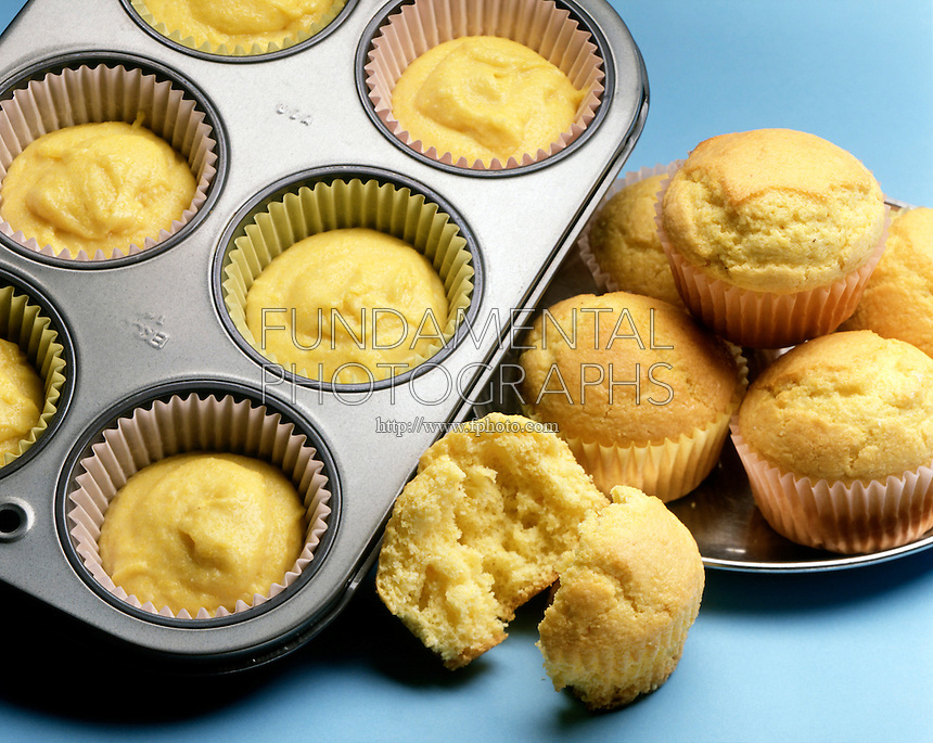 MUFFINS: UNCOOKED &amp; COOKED<br />