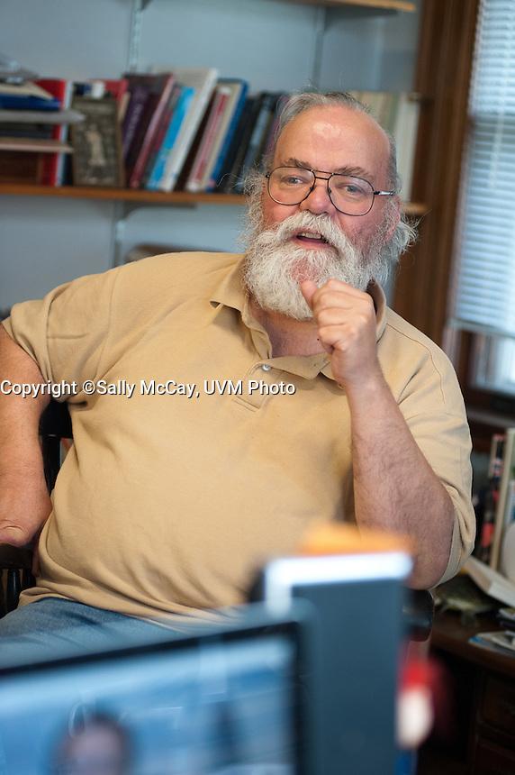 Professor Alfred Snyder, Tuna.