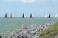 ZEILEN: Stavoren: IJsselmeer, 04-08-2014, IFKS skûtsjesilen, ©foto Martin de Jong