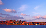 Fall oin the Hudson looking across the river at Rockland Co from Dobbs Ferry Upstate New Yprk