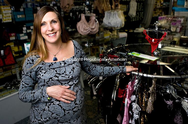 Ladies olga Dessous Shop Hamden Connecticut
