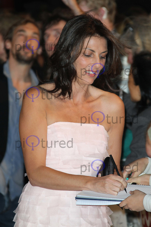 Gina Bellman Made In Dagenham Uk Premiere Celebrity And