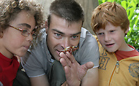 16/08/2010.Ecologist Dale Treadwell with (L to R).Joaquin Shinback (8) from Malahide.Cian Moreno Gahan (10) from Drogheda.  at the launch of Launch of Wild Child Day in St. Stpehens Green, Dublin..Wild Child Day is part of National Heritage Week, which is coordinated by the Heritage Council, runs from 21st - 29th August 2010 and is a celebration of Irish natural and cultural heritage..The idea behind Wild Child Day is to encourage families and kids to get outdoors and interact and connect with the natural world to see the beauty and benefits it has to offer. .Photo: Gareth Chaney Collins