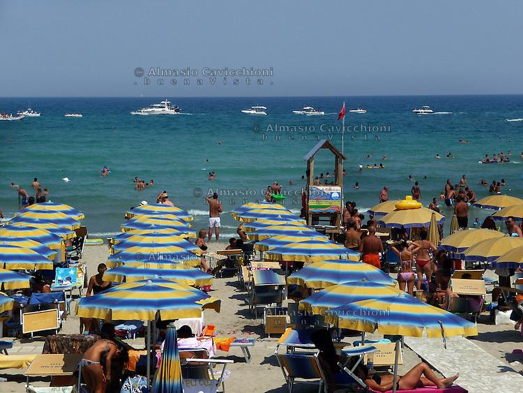 AGO 2012, Puglia, Salento, Comune di Melendugno, spiaggia di San Foca .AUG 2012, Apulia, Salento, San Foca Beach