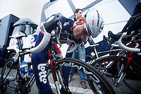 Kuurne-Brussel-Kuurne 2012<br /> Andr&eacute; Greipel last checks before the race