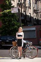 HSKU 20140530 United Stated, New York. Finnish author Emmi Itaranta poses for photographer. Photographer: David Brabyn