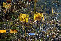 FUSSBALL   1. BUNDESLIGA   SAISON 2011/2012    8. SPIELTAG Borussia Dortmund - FC Augsburg                             01.10.2011 Fans von Borussia Dortmund