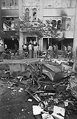 Iran - 08/09/1978 - destructions after the riots in the streets    Tehran - Iran   /// apres les emeutes, magasin detruits  Teheran - Iran  /// IRAN24721 28