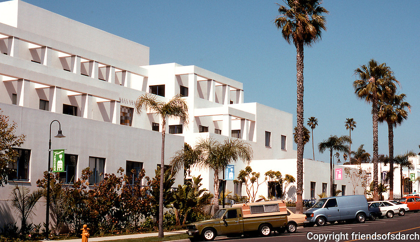 Charles Moore: Oceanside City Hall Complex, South side--Third Street side. (Photo '91)