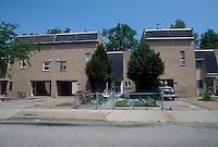 1992 May 01..Assisted Housing..N. Wellington Place.Wellington Oaks Exteriors.Underwood Avenue..CAPTION...NEG#.NRHA#..HOUSING:WelOak 1 1:2
