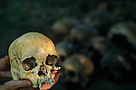 Woman's skull dated at 13500 years, found in Brazil, South America, DOH