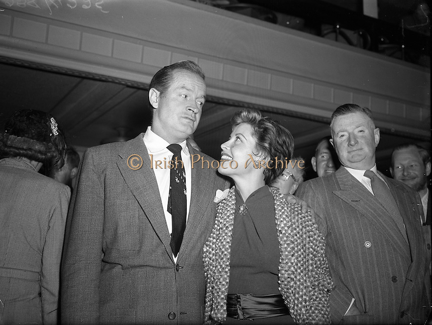 Bob Hope and Gloria de Haven arrive in Dublin to a reception by Press and Cinema personnel. 10/09/1953.