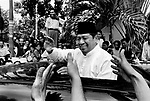 Susilio Bambang Yudhoyono (SBY) greets supporters while attending Friday Prayer August 2004