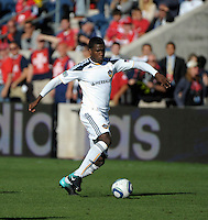 LA Galaxy forward Edson Buddle (14) makes a move with the ball.  The LA Galaxy tied the Chicago Fire 1-1 at Toyota Park in Bridgeview, IL on September 4, 2010