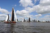 SKUTSJESILEN: GROU: SKS skûtsjesilen, Friese Sporten, 24-07-2010, Fryslân, skûtsjes Joure, Heerenveen, ©foto Martin de Jong