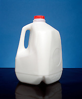 POLYETHYLENE - HIGH DENSITY: ONE GALLON CONTAINERS<br /> Molecular Masses In The Range Of 1,000,000 amu.(milk)