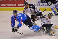 IIJSHOCKEY: HEERENVEEN; 15-11-2014, IJstadion Thialf, UNIS Flyers - Tilburg Trappers, uitslag 3-2, Mitch Bruijsten (#9), ©foto Martin de Jong