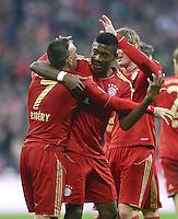 FUSSBALL   1. BUNDESLIGA  SAISON 2012/2013   13. Spieltag FC Bayern Muenchen - Hannover 96     24.11.2012 JUBEL nach dem TOR zum 3:0 , Franck Ribery mit David Alaba  (v. li., FC Bayern Muenchen)