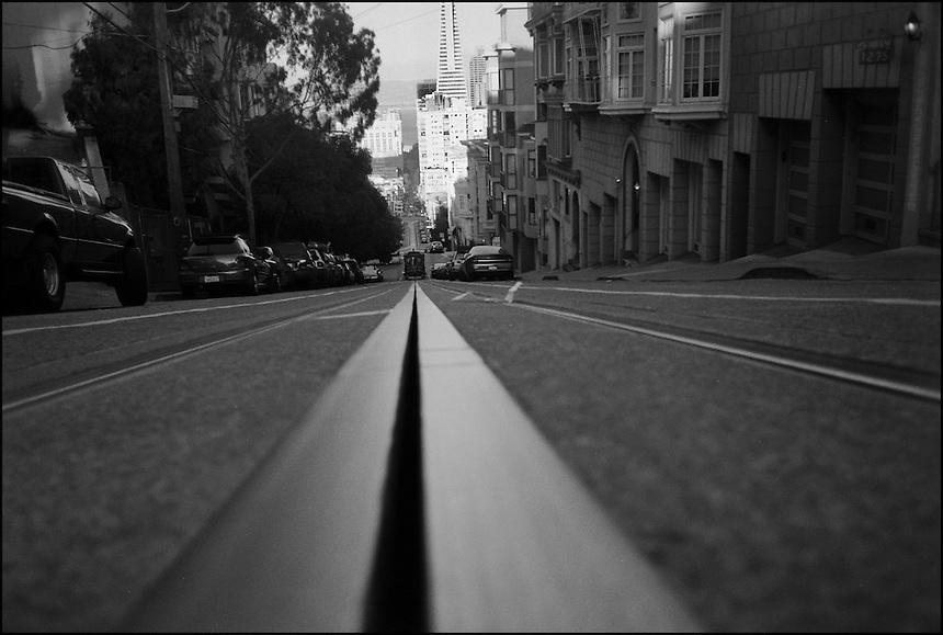 "From ""Walking Downtown"" series. San Francisco, 2007"