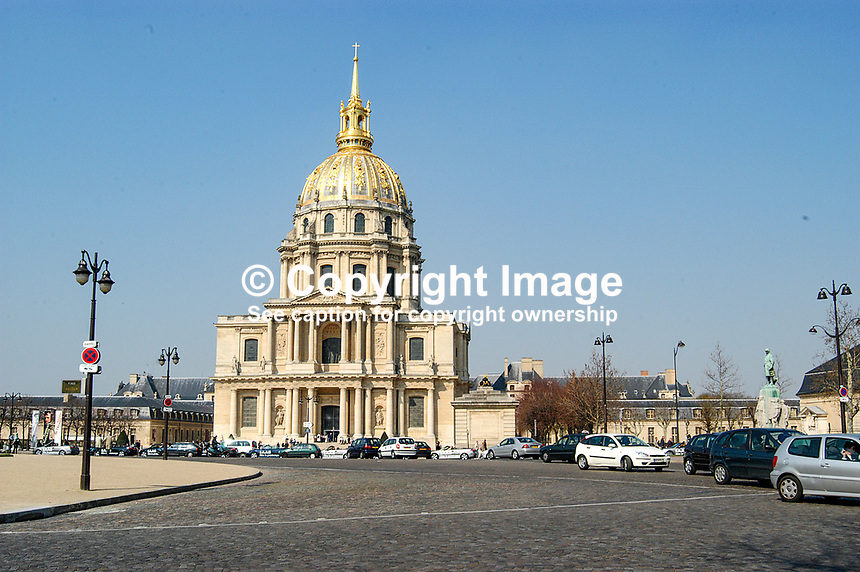 Exterior view of the Hotel National des Invalides, the Army Museum, Paris, France. Ref: 299493284095...Copyright Image from Victor Patterson, 54 Dorchester Park, Belfast, UK, BT9 6RJ..Tel: +44 28 9066 1296.Mob: +44 7802 353836.Voicemail +44 20 8816 7153.Skype: victorpattersonbelfast.Email: victorpatterson@mac.com.Email: victorpatterson@ireland.com (back-up)..IMPORTANT: If you wish to use this image or any other of my images please go to www.victorpatterson.com and click on the Terms & Conditions. Then contact me by email or phone with the reference number(s) of the image(s) concerned.