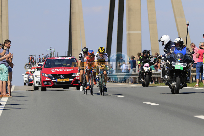 The breakaway group Maarten Tjallingii (NED) Lotto NL-Jumbo, Giacomo Berlato (ITA) Nippo Vini Fantini and Omar Fraile (ESP) Dimension Data, cross Prince Willem Alexander Bridge over the River Waal during Stage 2 of the 2016 Giro d'Italia running 190km from Arnhem to Nijmegen, The Nethrerlands. 7th May 2016.<br /> Picture: Eoin Clarke | Newsfile<br /> <br /> <br /> All photos usage must carry mandatory copyright credit (&copy; Newsfile | Eoin Clarke)