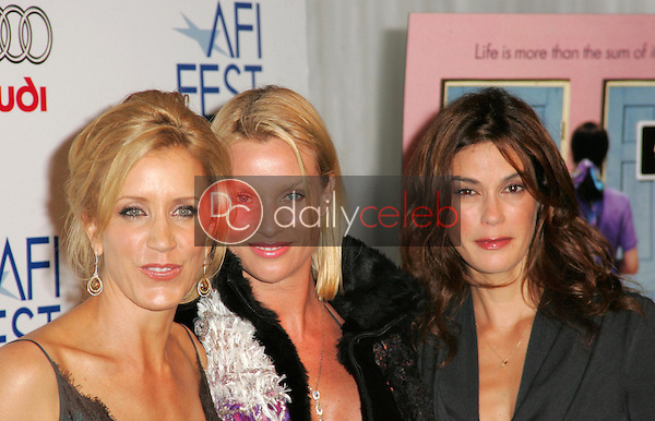 Felicity Huffman with Nicolette Sheridan and Teri Hatcher<br />