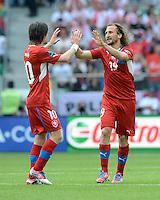 FUSSBALL  EUROPAMEISTERSCHAFT 2012   VORRUNDE Griechenland - Tschechien         12.06.2012 Tomas Rosicky (li) und Petr Jiracek (re, Tschechische Republik)