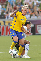 Shannon Boxx, Nilla Fischer #18...USWNT tied Sweden 1-1 at Morrison Stadium, Omaha Nebraska.